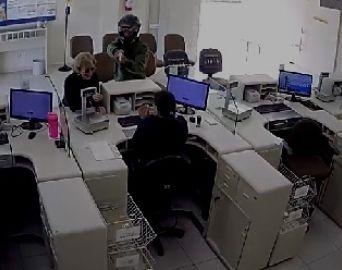 Homens armados assaltam agência dos Correios de Avaré nesta sexta-feira