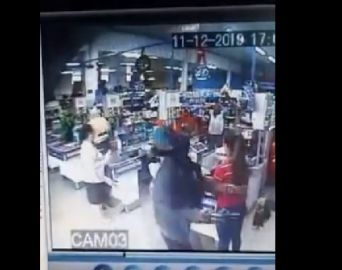 Homens que assaltaram Correios foram presos após roubo a supermercado