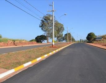 Prefeitura informa que pavimentação vai chegar em ruas do Terras de São José
