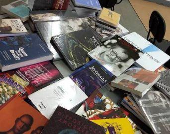 Parceria amplia o acervo da Biblioteca Municipal