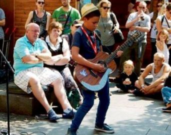 Billy Watman, novo fenômeno da música mundial