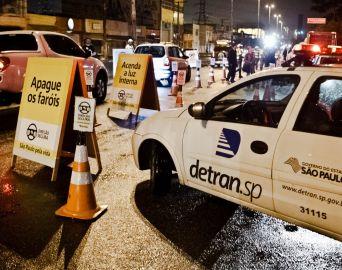Blitz da Lei Seca do Detran-SP autua sete motoristas em Avaré