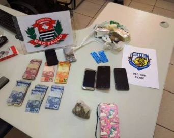 Polícia Civil prende homem com drogas no Bonsucesso