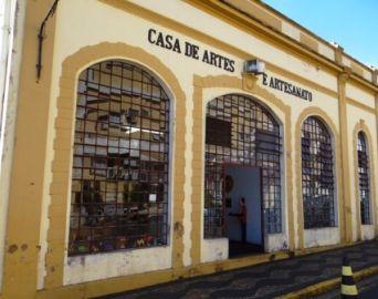 Casa de Artes e Artesanato completa 31 anos
