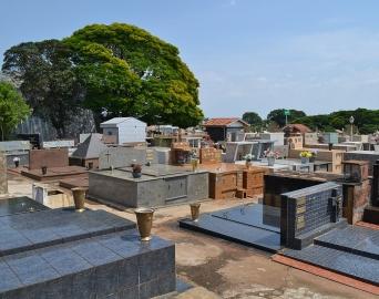 Cemitério Municipal promove recadastramento de jazigos