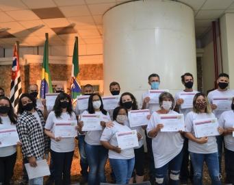 Programa entrega certificados de capacitação na Casa do Cidadão