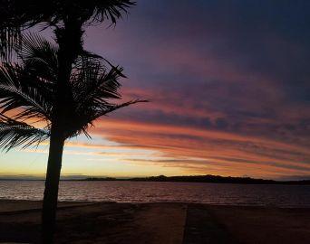 Pôr do sol proporciona espetáculo de cores no céu de Avaré