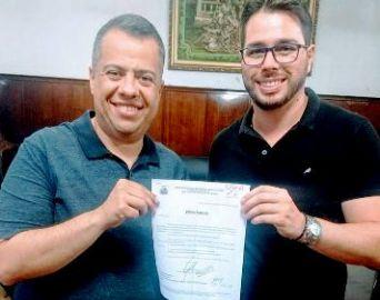 Secretário de Esportes encaminha pedidos a deputado estadual