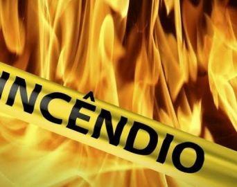 Incêndio atinge casa na área da represa em Avaré