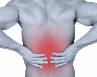 Dores nas costas podem ser causadas por rotina e má postura