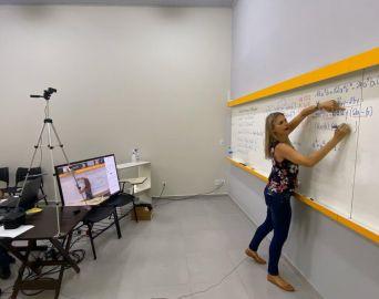 Colégio Einstein inova e cria um novo modelo de aulas on-line