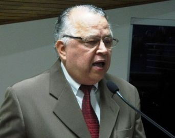 Vereador Ernesto pede realização de mais testes para covid-19