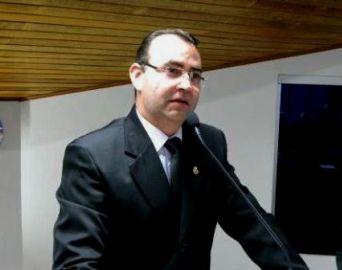 Vereador quer campanha de prevenção ao suicídio