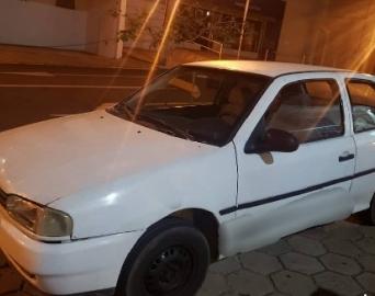 Polícia Militar prende ladrão e recupera carro furtado