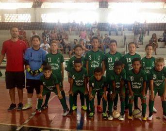 Meninos da SEME sagram-se campeões de futsal na AAA