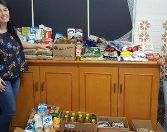 Simpósio sobre transtorno autista arrecada 200 quilos de alimentos