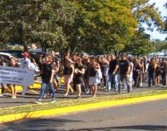 Servidores da Unesp seguem em greve contra atraso no 13º