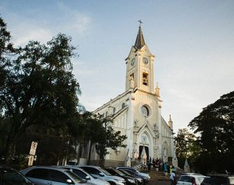 Arquidiocese promove alterações e padres trocam de paróquias