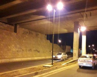 Pontilhão do Paineiras recebe iluminação a pedido de vereador