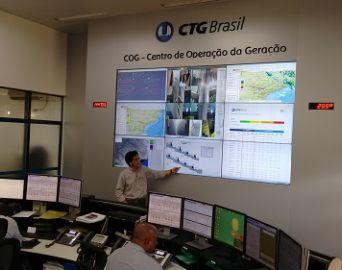 Jornalistas avareenses visitam Usina da CTG Brasil em Chavantes