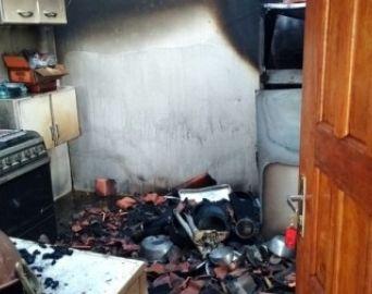 Incêndio atinge casa de veraneio na Represa