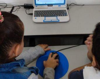 Secretaria amplia uso de informática na rede municipal de ensino