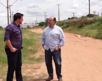 Jô Silvestre quer completar asfalto da Avenida Cunha Bueno