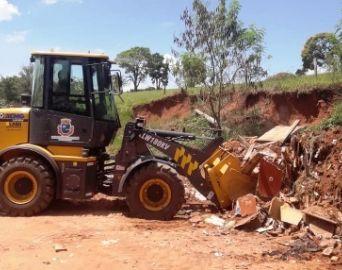 Prefeitura realiza nova limpeza na estrada Vera Cruz/Ipiranga