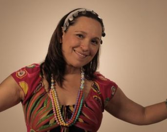 Lucila Novaes autografará CD Infantil em Avaré