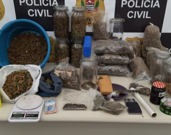 Polícia Civil encontra mais de 10 quilos de drogas em residência