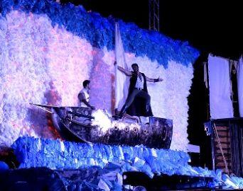 Teatro de Tábuas apresenta Amor, Mar e Fúria em Avaré