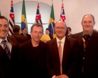 Cerqueira César assina convênio para concluir Centro de Zoonose
