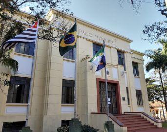 Prefeitura vai recorrer de indeferimento de liminar contra reabertura do comércio