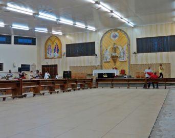 Começa a campanha para troca do piso da igreja de São José
