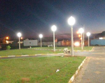 Praça Dona Bidunga na Vila Operária ganha nova iluminação