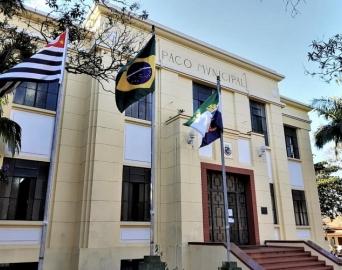 Servidores só deverão retornar ao trabalho após liberação médica, diz Prefeitura