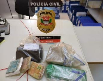 Trio é preso pela Polícia Civil por vender crack e maconha na Vila Jardim