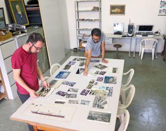 Prefeitura equipa Museu para digitalização de álbuns de família
