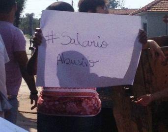 Aumento de salários de prefeito e vice gera protesto em Pratânia