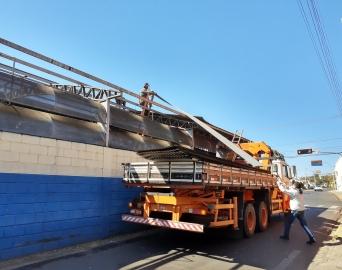 Terminal urbano da Major Rangel começou a ser desmontado