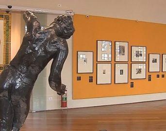 Exposição de Rodin inaugura novo espaço cultural em Botucatu