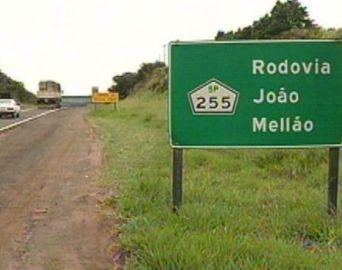 Rodovia João Mellão deve receber 40 mil veículos neste feriado