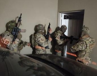 Polícia Civil cumpre mandado em Avaré contra quadrilha de roubo de cargas