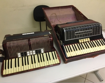 Homem é preso ao tentar vender instrumentos avaliados em R$ 16 mil