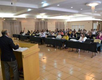 Curso sobre saúde feminina reúne médicos e enfermeiros em Avaré