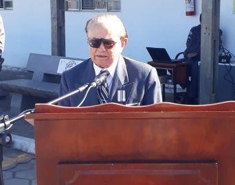 Polícia Militar homenageia ex-combatente da Revolução de 32