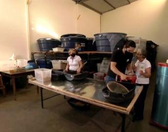 Família de Avaré é destaque no Globo Rural pela criação de tenébrio