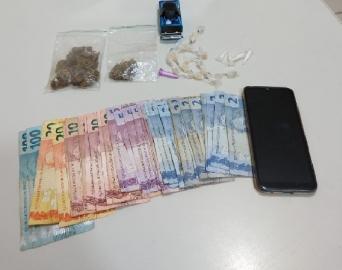 Homem é preso em casa com maconha, cocaína e crack em Avaré