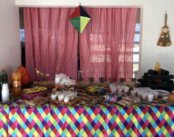 Festa julina busca amenizar isolamento de moradores da Vila Dignidade