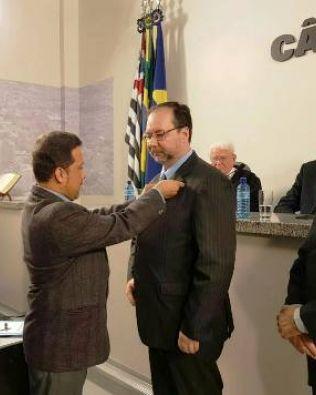 Gilberto Tenor ingressa na Academia Botucatuense de Letras